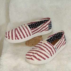 TOMS patriotic slip on